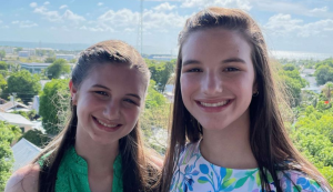 Looking For An App To Help Your Scoliosis? These Teenage Twins Came Up With One